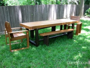The framework for this outdoor dining table's legs is made from sturdy 4x4 beams and is made to withstand the elements.<br />